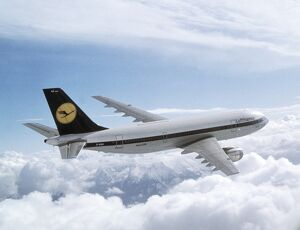 AVIATION-AIRBUS-A300B-LUFTHANSA