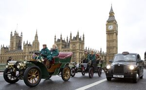 BRITAIN-LIFESTYLE-TRADITION-ANTIQUE-CARS