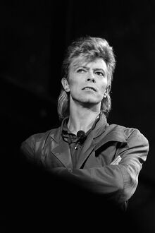 FRANCE-MUSIC-BOWIE