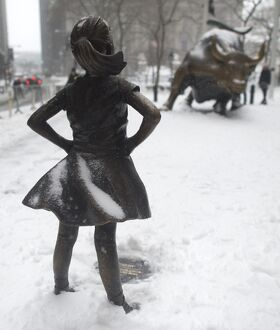 US-WEATHER-FRARLESS GIRL STATUE