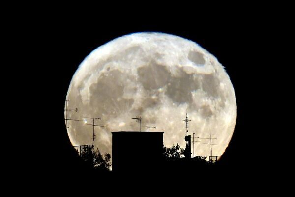 Spain-Science-Astronomy-Supermoon