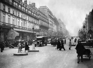 vintage archive/france paris daily life