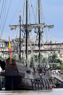 FRANCE-SAILING-HISTORY-WINE-FESTIVAL