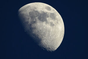 amazing moon/moon shrinking wrinkling seismic activity study