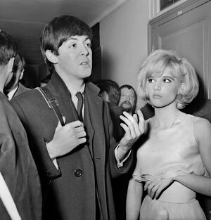 Paul Mc Cartney with French singer Sylvie Vartan