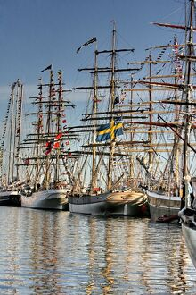 transport/sailing ships maritime boats tall ships/people look ships docked lithuanian baltic sea
