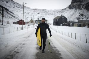 SURFING-NOR-ARCTIC