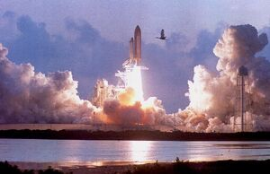 US-SHUTTLE LAUNCH
